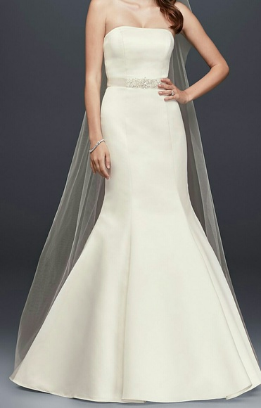 6cd5b6a64bf Strapless Trumpet Style Wedding Dress